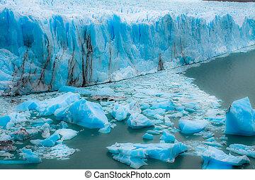 View of the magnificent Perito Moreno glacier, patagonia, Argentina.
