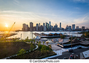 View of the Manhattan skyline at sunset, from Brooklyn Heights in Brooklyn, New York.