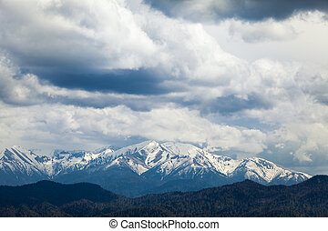 View of the mountain peaks