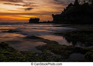 View of the Pura Tanah Lot temple , Bali