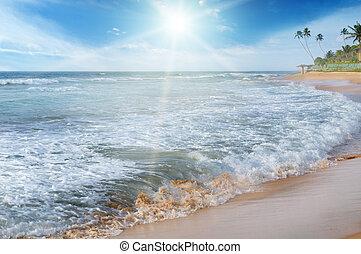 sea, blue sky and sun