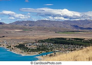 View of the town of Tekapo on the shore of Lake Tekapo