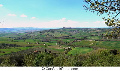 view of tuscanian landscapes from the Pienza