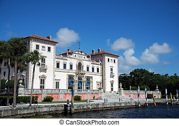 View of Vizcaya Mansion in Miami