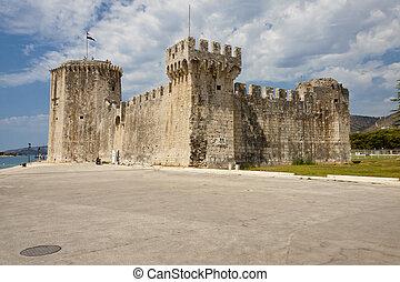 View on Kamerlengo castle - Trogir