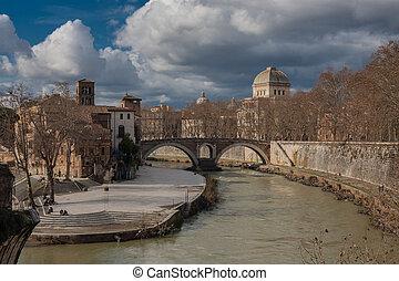 View on oldest Roman bridge Pons Fabricius ( Ponte dei Quattro Capi)