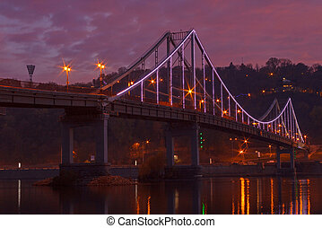 bridge in Kiev at night