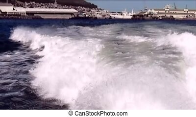 View on table mounten from tender to Robben Island - View on...