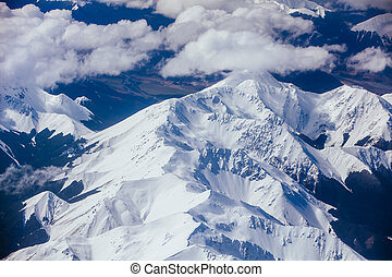 The view over the Great Southern Alps on a sunny spring day in South Island, New Zealand