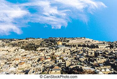 al Aqza mosque and the old part of Jerusalem