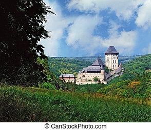 Karlstejn castle - view to Karlstejn castle in summer from a...