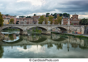 View towards the Ponte Sant'Angelo