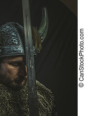 viking, guerreira, ferro, capacete, espada, chifres