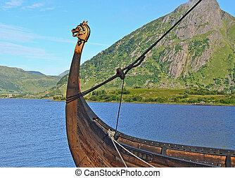 Viking ship with dragon head - Viking ship with dragonhead...