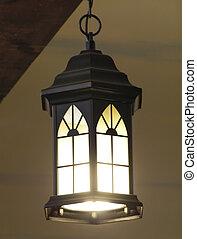 világító