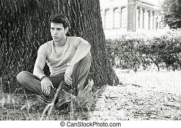 vila, träd, parkera, ung, mot, attraktiv, man