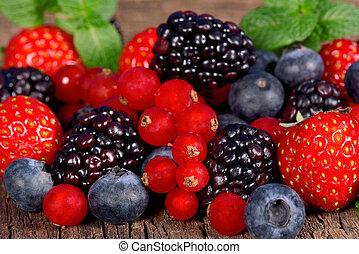 vild, berries