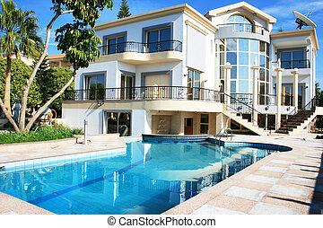 villa, luxueus
