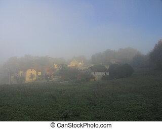 Village Fenelon in fog