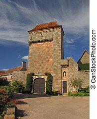 Village Loubressac, tower