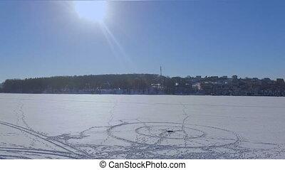 ville, aérien, hiver, parc, neige, day., glacé, couvert, étang, vue