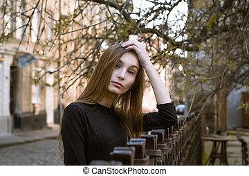 ville, brunette, femme, rue, portrait