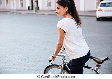 ville, brunette, vélo, jeune femme, équitation
