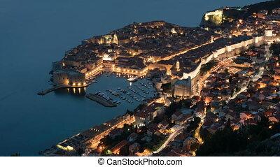 ville, chronocinématographie, vieux, touriste, dubrovnik, célèbre, métrage, une, la plupart, mer adriatique, nuit, jour, destinations