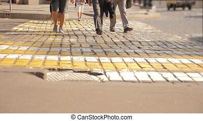 ville, concept, city., gens, piétons, moscou, moderne, mouvement, piéton, lent, carrée, croisement, style de vie, video., voyage, rouges