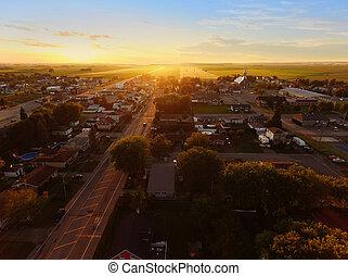 ville, coucher soleil, petit, vue aérienne
