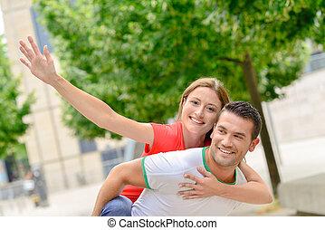 ville, couple, heureux