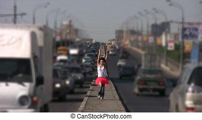 ville, danse, milieu, promenades, girl, autoroute