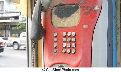 ville, ensemble, vieux, mesquin, vendange, téléphone, cabine téléphonique, rue., rouges