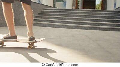 ville, lent, jeune, promenade, mouvement, écologique, aller, hipster, manière, skateboard., alternative