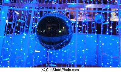 ville, noël, ampoules, électrique, ball., éclat, décorations, bleu, miroir