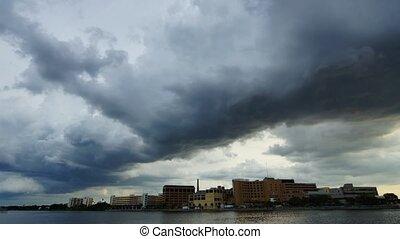 ville, nuages, orage