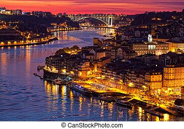 ville, porto, haut, vieux, portugal, coucher soleil, colline...
