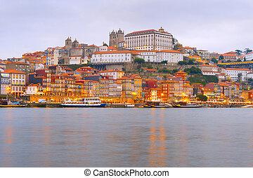ville, porto, vieille architecture, remblai