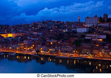 ville, porto, vieux, nuit, portugal