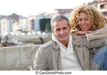 ville, portrait, couple, mûrir, heureux