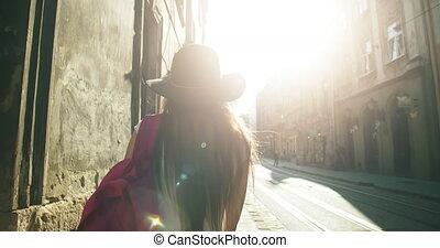 ville, sac à dos, touriste, femme