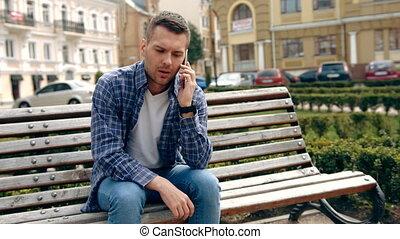 ville, sien, conversation, mobile, séance, jeune, téléphone, quoique, homme
