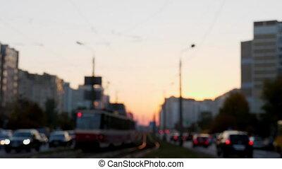 ville, soir, defocus, tram, trafic, rue.
