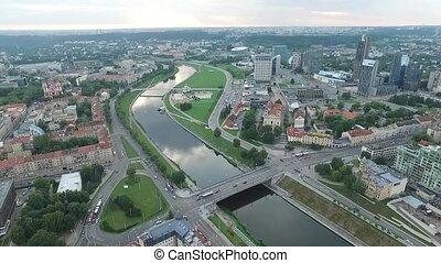 ville, sur, rivière, vue aérienne