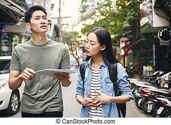 ville, touristes, papier, carte