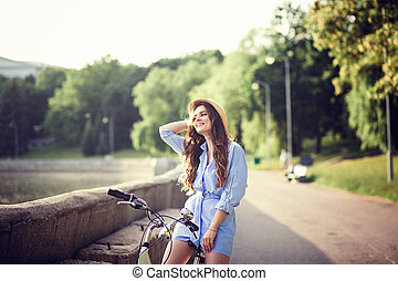 ville, vélo, par, équitation, girl, robe