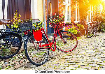 ville, vélo, vendange, sunrise., rue pavé, retro, vieux, rouges