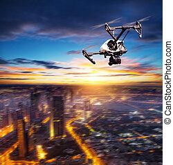 ville, voler, silhouette, moderne, bourdon, au-dessus