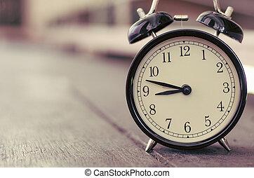 vindima, despertador, copyspace, para, a, esquerda, para, texto, ideal, para, conceito, de, medindo, passando tempo, fins prazo, e, cronometre administração