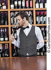 vinho, contador, bartender, vermelho, cheirando